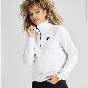 Women's Nike quarter zip sweatshirt